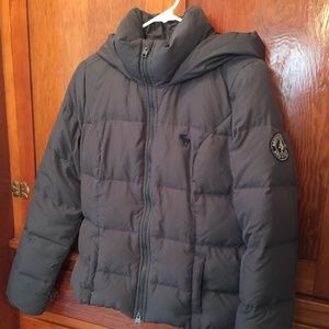 A&F puffy down jacket w/hood